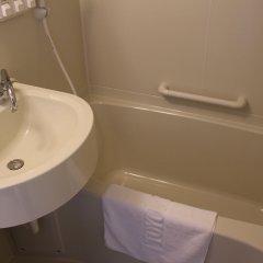 Отель Toyoko Inn Hakata-Guchi Ekimae No.2 Хаката ванная фото 2