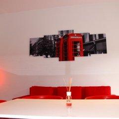 Отель B&B Expo Milano RedHouse Италия, Милан - отзывы, цены и фото номеров - забронировать отель B&B Expo Milano RedHouse онлайн сейф в номере
