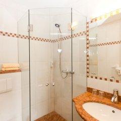 Отель B&B Hotel Junior Австрия, Зальцбург - 1 отзыв об отеле, цены и фото номеров - забронировать отель B&B Hotel Junior онлайн ванная фото 2