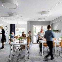 Отель Linneplatsens Hotell & Vandrarhem Гётеборг помещение для мероприятий