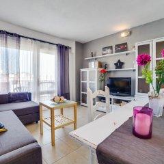 Отель Apartamento Vivalidays Eva Испания, Бланес - отзывы, цены и фото номеров - забронировать отель Apartamento Vivalidays Eva онлайн комната для гостей фото 4