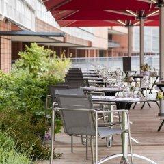 Отель Marriott Lyon Cité Internationale Франция, Лион - отзывы, цены и фото номеров - забронировать отель Marriott Lyon Cité Internationale онлайн бассейн