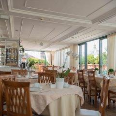 Отель Palladium Palace Италия, Рим - 10 отзывов об отеле, цены и фото номеров - забронировать отель Palladium Palace онлайн питание фото 3