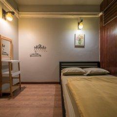 Snoozzze Hostel Бангкок комната для гостей