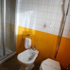 Отель Henrys House Италия, Сиракуза - отзывы, цены и фото номеров - забронировать отель Henrys House онлайн ванная фото 2