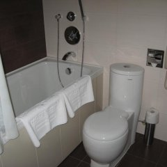 Гостиница Мартон Палас ванная