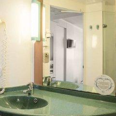 Отель Ilunion Valencia 3 Валенсия ванная фото 2