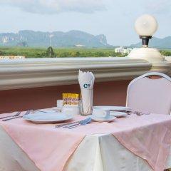 Отель Crystal Hotel Таиланд, Краби - отзывы, цены и фото номеров - забронировать отель Crystal Hotel онлайн балкон