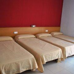 Отель Sant Jordi Испания, Калафель - отзывы, цены и фото номеров - забронировать отель Sant Jordi онлайн комната для гостей фото 4