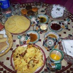 Отель Riad les Idrissides Марокко, Фес - отзывы, цены и фото номеров - забронировать отель Riad les Idrissides онлайн питание фото 3