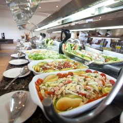 Отель Eko Hotels & Suites питание фото 3