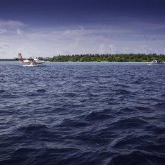 Отель Furaveri Island Resort & Spa Мальдивы, Медупару - отзывы, цены и фото номеров - забронировать отель Furaveri Island Resort & Spa онлайн приотельная территория фото 2