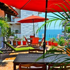 Hotel Petit Mercedes Puerto Vallarta пляж