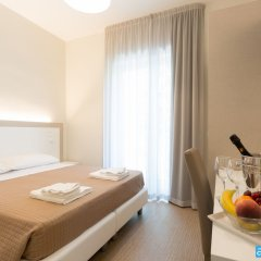 Hotel Amicizia Rimini комната для гостей