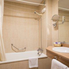 Отель H·TOP Royal Star & SPA ванная фото 2