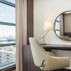 Отель Hampton by Hilton Dubai Airport удобства в номере