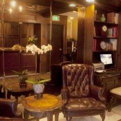 Отель Hilgard House Westwood Village интерьер отеля