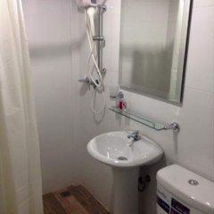 Отель Pool Villa @ Donmueang Таиланд, Бангкок - отзывы, цены и фото номеров - забронировать отель Pool Villa @ Donmueang онлайн ванная фото 3