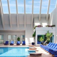 Отель Dusit Thani Dubai бассейн