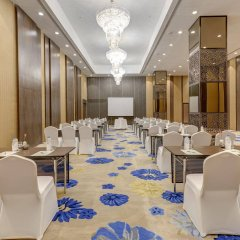 Отель Holiday Inn Kolkata Airport