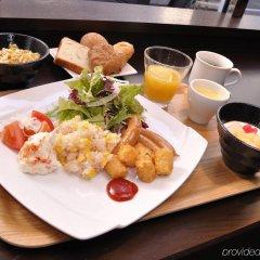 Отель Sotetsu Fresa Inn Tokyo-Kyobashi питание