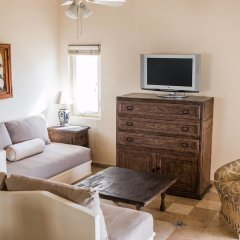 Отель Quiet Villa + Pool + Private Outdoor Space Кабо-Сан-Лукас комната для гостей фото 3