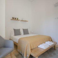 Апартаменты Liiiving In Porto Terrace & Sunny Apartment Порту комната для гостей фото 5
