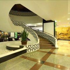 Отель Grand Hotel Shumen Болгария, Шумен - отзывы, цены и фото номеров - забронировать отель Grand Hotel Shumen онлайн бассейн
