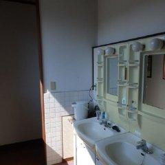 Nikko Suginamiki Youth Hostel Никко в номере