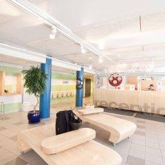 Отель Eurohostel бассейн