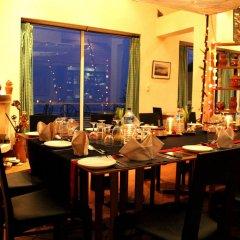 Отель Dhulikhel Lodge Resort Непал, Дхуликхел - отзывы, цены и фото номеров - забронировать отель Dhulikhel Lodge Resort онлайн питание