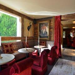 Chalet Hotel le Castel гостиничный бар