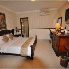 Sunflower Hotel & Spa сейф в номере