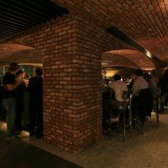Отель Yas Island Rotana гостиничный бар