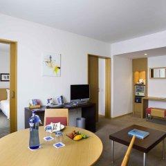 Отель Novotel Barcelona Cornella комната для гостей фото 2