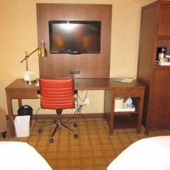 Отель Four Points by Sheraton Niagara Falls США, Ниагара-Фолс - отзывы, цены и фото номеров - забронировать отель Four Points by Sheraton Niagara Falls онлайн удобства в номере фото 2