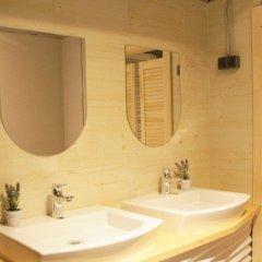 Lucky People Hostel ванная