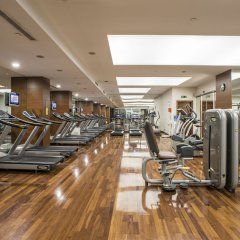Отель Holiday Inn Istanbul Sisli фитнесс-зал фото 3