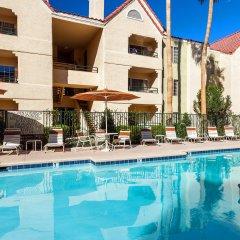 Отель Holiday Inn Club Vacations: Las Vegas at Desert Club Resort бассейн фото 2