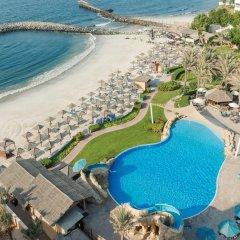 Radisson Blu Hotel, Ajman пляж