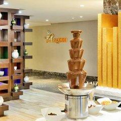 Отель Copthorne Hotel Sharjah ОАЭ, Шарджа - отзывы, цены и фото номеров - забронировать отель Copthorne Hotel Sharjah онлайн спортивное сооружение