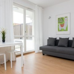 Апартаменты Lubomira Elegant Studio Варшава комната для гостей фото 2