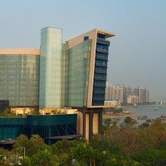 Отель Hilton Shenzhen Shekou Nanhai пляж