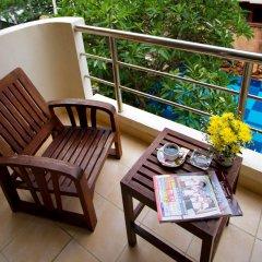 Отель Bella Villa Prima Hotel Таиланд, Паттайя - отзывы, цены и фото номеров - забронировать отель Bella Villa Prima Hotel онлайн балкон
