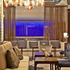 Отель InterContinental Lisbon гостиничный бар