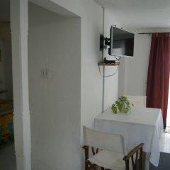 Отель San San Tropez Ямайка, Порт Антонио - отзывы, цены и фото номеров - забронировать отель San San Tropez онлайн в номере фото 2