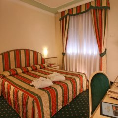 Hotel Terme Formentin Абано-Терме сейф в номере