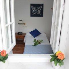 Отель Hostal Puerta De Arcos Испания, Аркос -де-ла-Фронтера - отзывы, цены и фото номеров - забронировать отель Hostal Puerta De Arcos онлайн комната для гостей фото 2