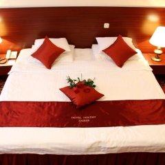 Hotel Holiday Zagreb сейф в номере