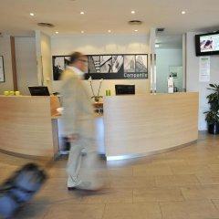 Отель Campanile Barcelona Sud - Cornella Испания, Корнелья-де-Льобрегат - 4 отзыва об отеле, цены и фото номеров - забронировать отель Campanile Barcelona Sud - Cornella онлайн интерьер отеля